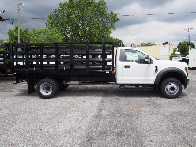 2018 F-550 Regular Cab DRW 4x2,  Swampy Hollow Truck Bodies Stake Bed #264588 - photo 5