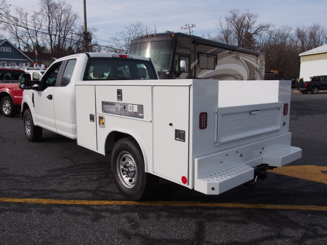2017 F-250 Super Cab, Reading SL Service Body #264994 - photo 2