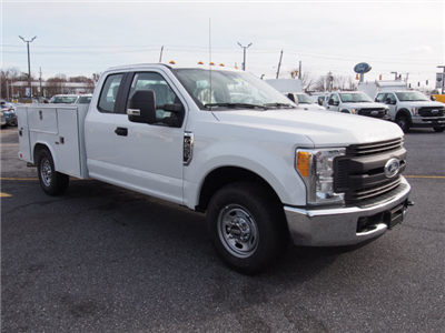 2017 F-250 Super Cab, Reading SL Service Body #264994 - photo 3