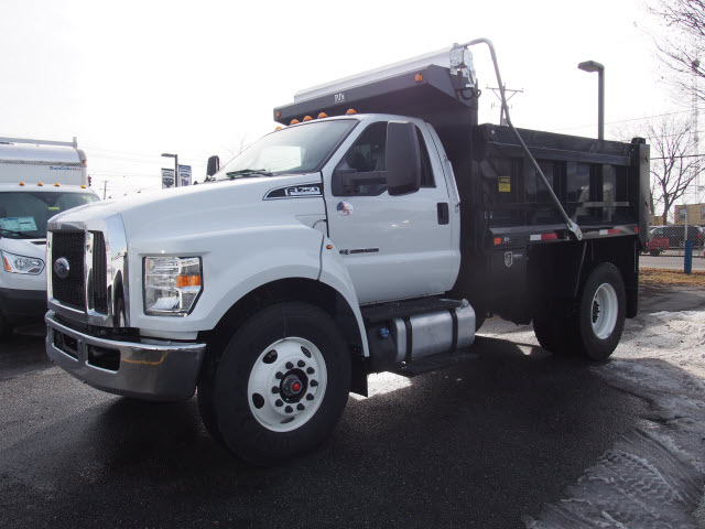2018 F-750 Regular Cab DRW Dump Body #265040 - photo 1