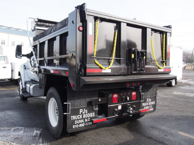 2018 F-750 Regular Cab DRW Dump Body #265040 - photo 2