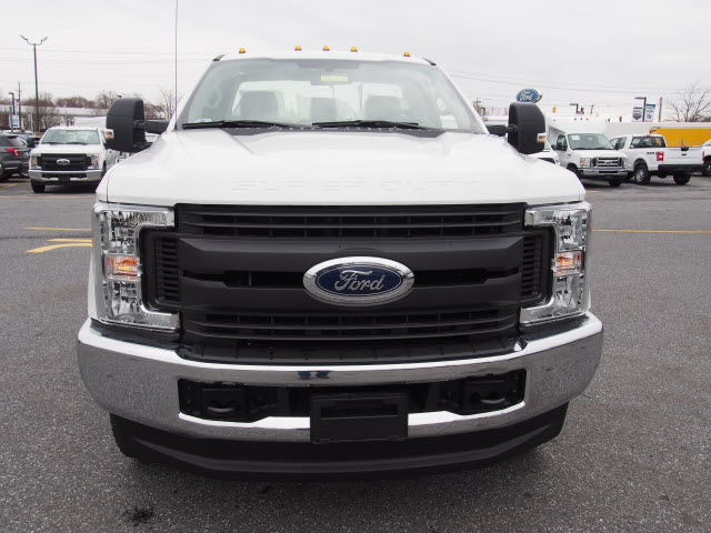 2018 F-250 Regular Cab 4x4, Reading Service Body #265250 - photo 5