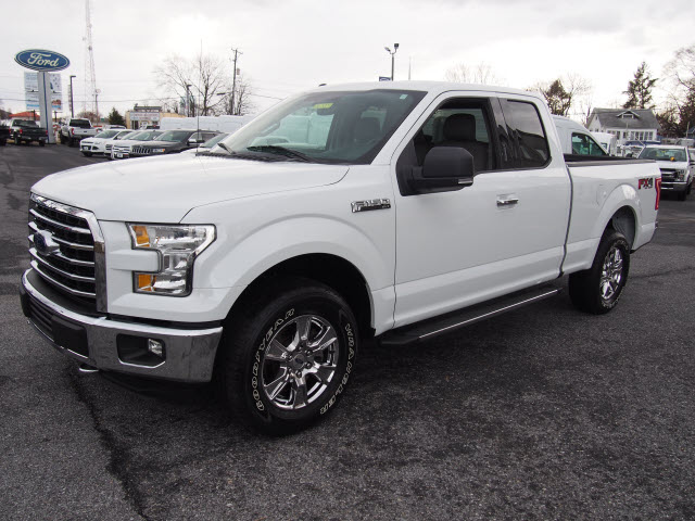 2015 F-150 Super Cab 4x4, Pickup #265291 - photo 4