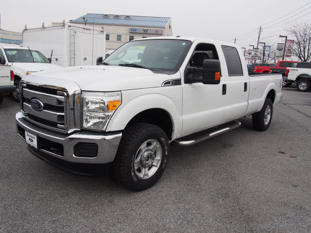 2016 F-250 Crew Cab 4x4, Pickup #265292 - photo 4