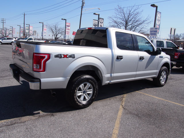 2017 F-150 SuperCrew Cab 4x4, Pickup #266413 - photo 2