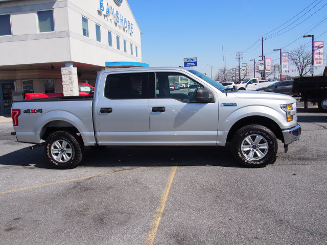 2017 F-150 SuperCrew Cab 4x4, Pickup #266413 - photo 5