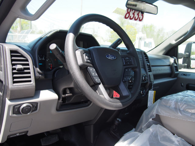 2018 F-350 Regular Cab 4x4,  Reading Service Body #266640 - photo 13