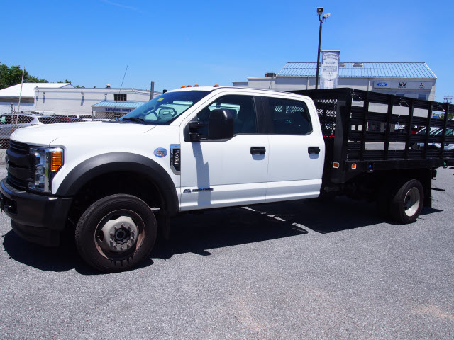 2017 F-450 Crew Cab DRW 4x4,  Stake Bed #267595 - photo 4