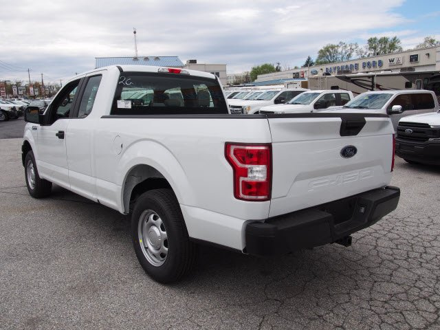 2018 F-150 Super Cab 4x2,  Pickup #267624 - photo 2