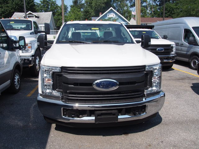 2018 F-250 Regular Cab 4x2,  Reading Service Body #268034 - photo 5