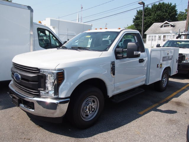 2018 F-250 Regular Cab 4x2,  Reading Service Body #268034 - photo 3