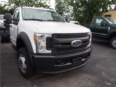 2018 F-550 Regular Cab DRW 4x4,  Cab Chassis #268065 - photo 3