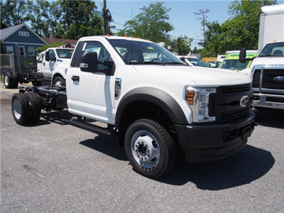2018 F-550 Regular Cab DRW 4x4,  Cab Chassis #268066 - photo 3
