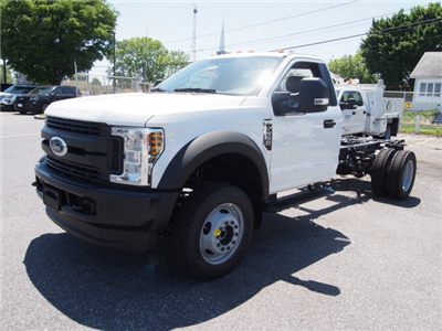 2018 F-550 Regular Cab DRW 4x4,  Cab Chassis #268066 - photo 1