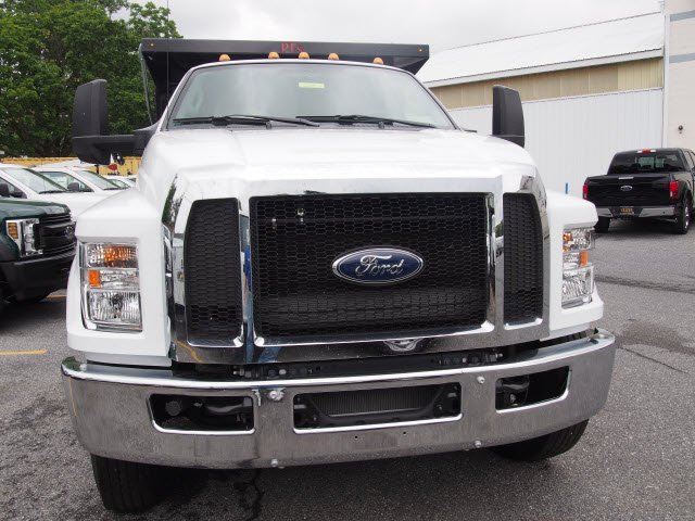 2018 F-750 Crew Cab DRW 4x2,  PJ's Truck Bodies & Equipment Landscape Dump #268871 - photo 4