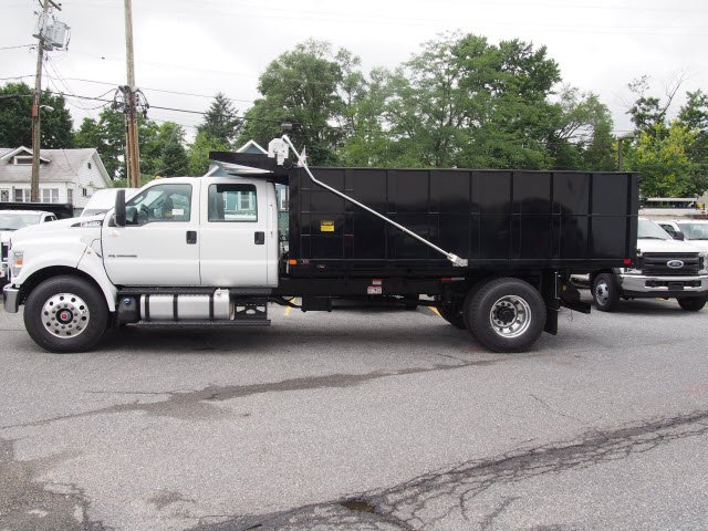 2018 F-750 Crew Cab DRW 4x2,  PJ's Truck Bodies & Equipment Landscape Dump #268871 - photo 5