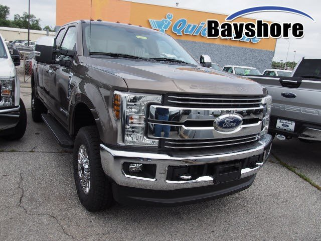 2018 F-250 Super Cab 4x4,  Pickup #268944 - photo 3