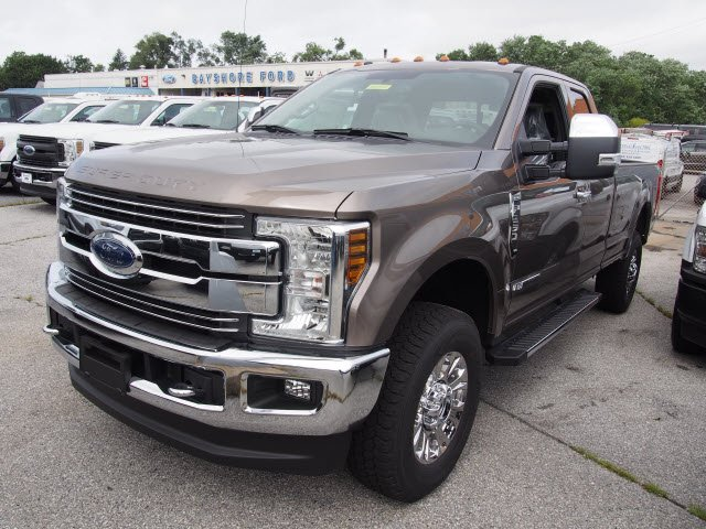 2018 F-250 Super Cab 4x4,  Pickup #268944 - photo 1