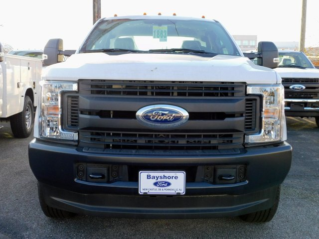 2018 F-350 Super Cab 4x4,  Reading Service Body #269187 - photo 3