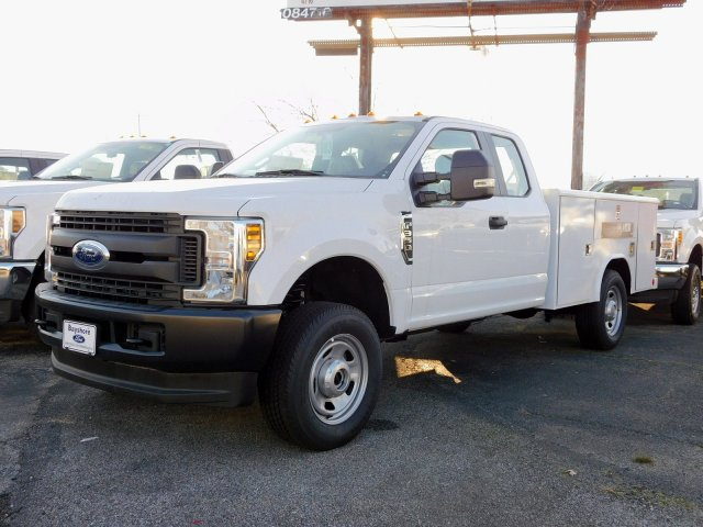 2018 F-350 Super Cab 4x4,  Reading Service Body #269187 - photo 4
