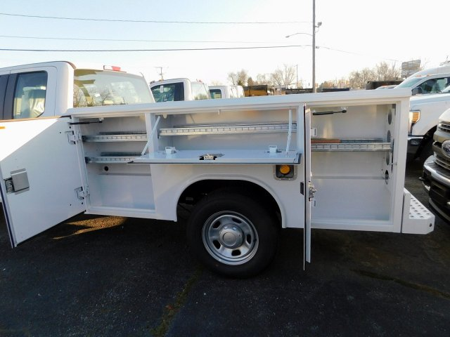2018 F-350 Super Cab 4x4,  Reading Service Body #269187 - photo 6