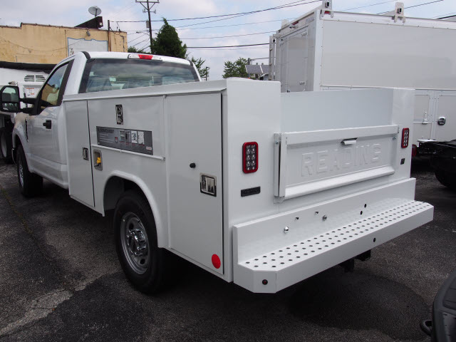 2018 F-250 Regular Cab 4x2,  Reading Service Body #269363 - photo 2