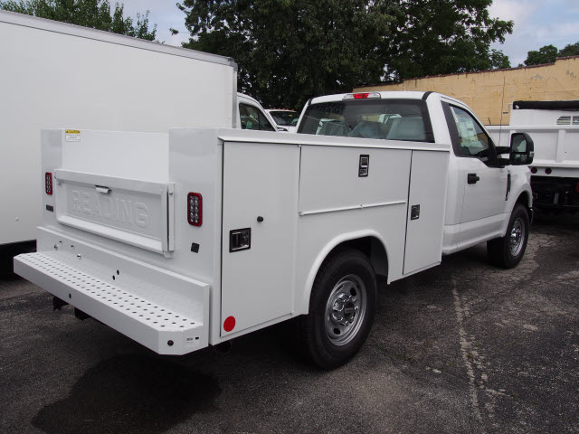 2018 F-250 Regular Cab 4x2,  Reading Service Body #269363 - photo 4