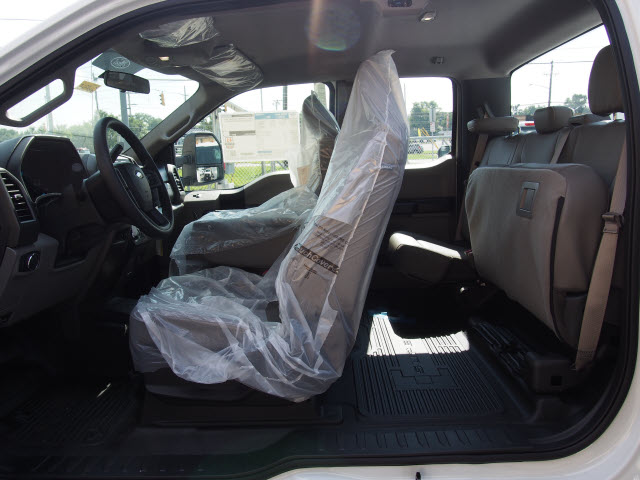 2018 F-250 Super Cab 4x4,  Reading Service Body #269365 - photo 12