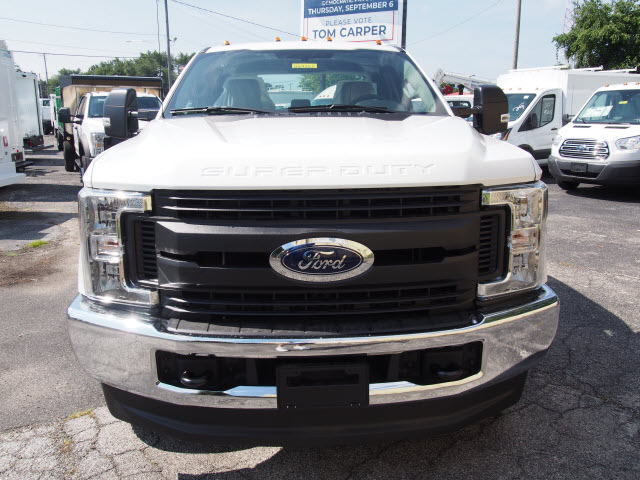 2018 F-250 Super Cab 4x4,  Reading Service Body #269365 - photo 4