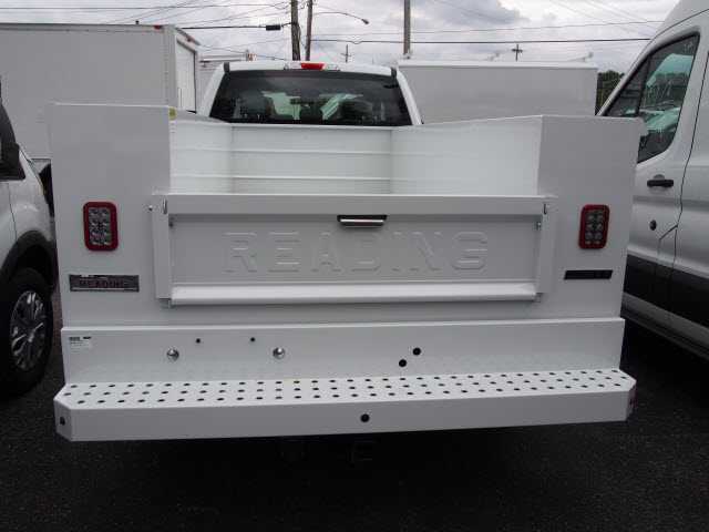 2018 F-350 Super Cab 4x2,  Reading Service Body #269366 - photo 2