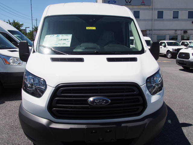 2018 Transit 250 Med Roof 4x2,  Empty Cargo Van #269479 - photo 4