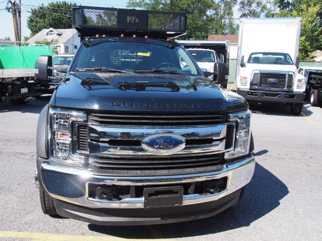 2018 F-550 Crew Cab DRW 4x4,  PJ's Truck Bodies & Equipment Contractor Body #269682 - photo 4