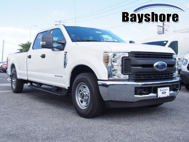 2019 F-250 Crew Cab 4x2,  Pickup #271153 - photo 3