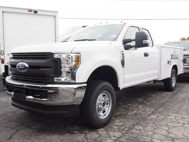 2019 F-350 Super Cab 4x4,  Reading Service Body #271818 - photo 3