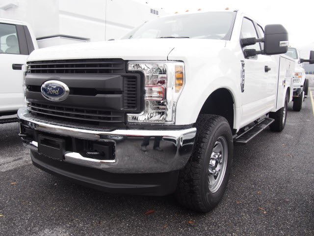 2019 F-350 Super Cab 4x4,  Reading Service Body #272353 - photo 4