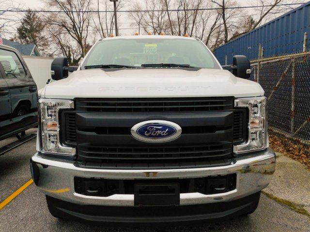 2019 F-250 Super Cab 4x4,  Reading Service Body #272974 - photo 5