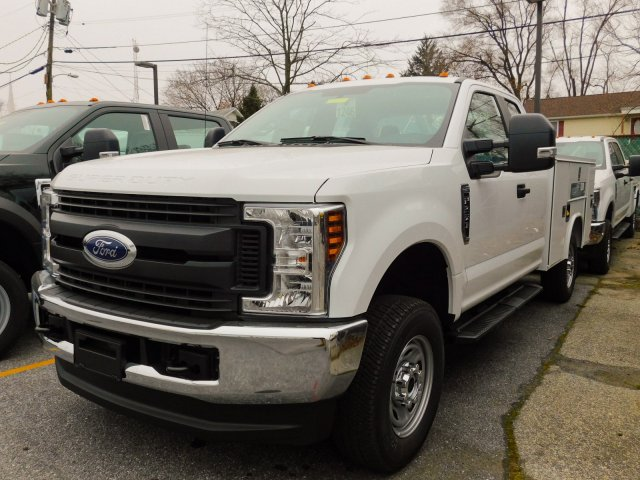 2019 F-250 Super Cab 4x4,  Reading Service Body #272974 - photo 3