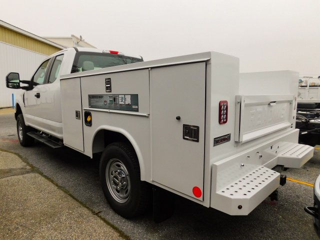 2019 F-250 Super Cab 4x4,  Reading Service Body #272974 - photo 4