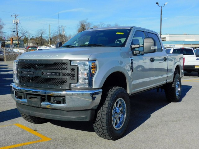 2018 F-250 Crew Cab 4x4,  Pickup #273094 - photo 5