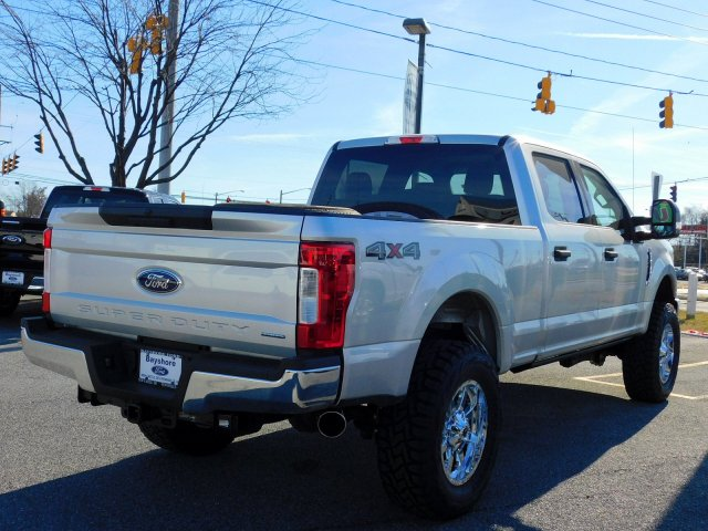2018 F-250 Crew Cab 4x4,  Pickup #273094 - photo 2