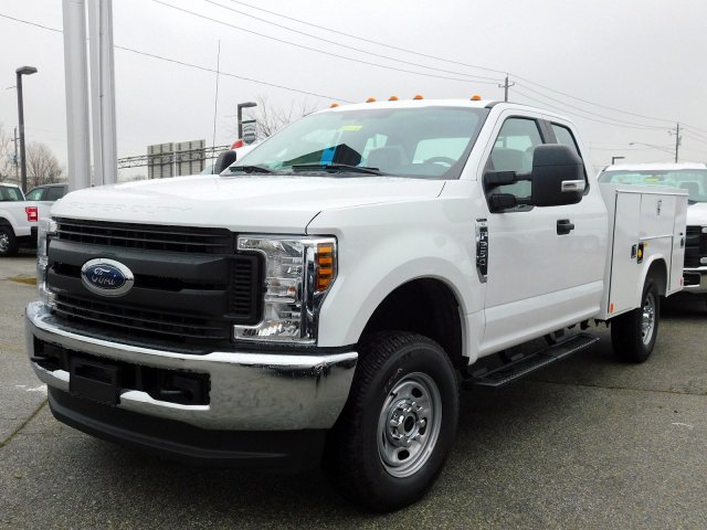 2019 F-250 Super Cab 4x4,  Reading Service Body #273476 - photo 4