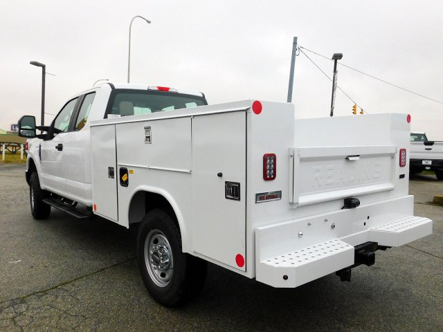2019 F-250 Super Cab 4x4,  Reading Service Body #273476 - photo 5