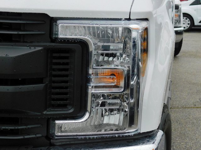 2019 F-250 Super Cab 4x4,  Reading Service Body #273476 - photo 7
