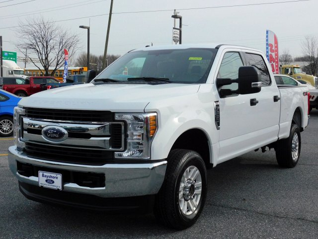 2018 F-250 Crew Cab 4x4,  Pickup #273656 - photo 3