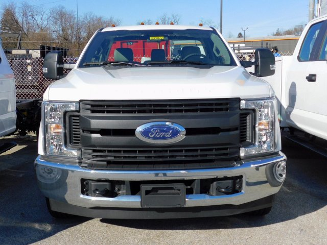 2019 F-250 Regular Cab 4x2,  Reading Service Body #273800 - photo 2