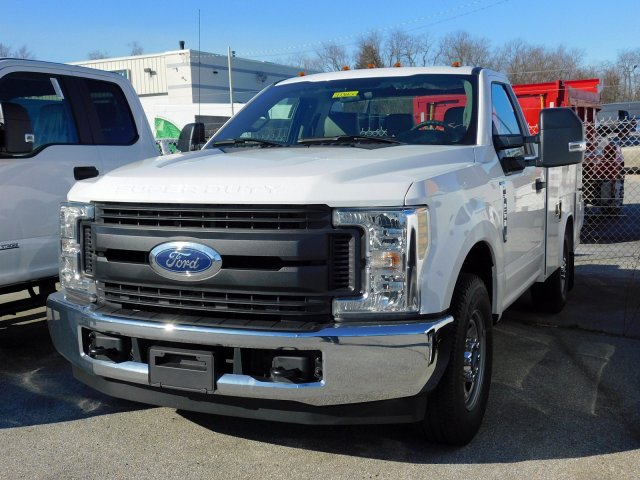 2019 F-250 Regular Cab 4x2,  Reading Service Body #273800 - photo 3
