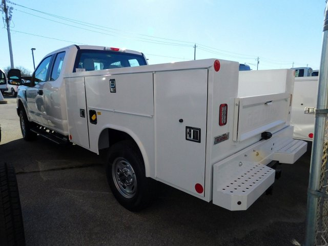 2019 F-250 Regular Cab 4x2,  Reading Service Body #273800 - photo 5