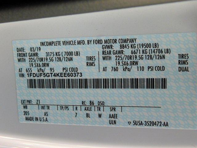 2019 F-550 Regular Cab DRW 4x2, Reading Platform Body Stake Bed #277053 - photo 15