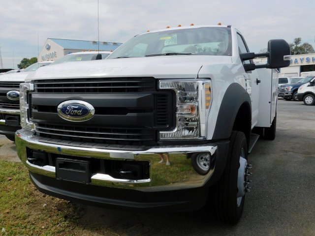 2019 F-450 Regular Cab DRW 4x4, Reading SL Service Body #278316 - photo 4