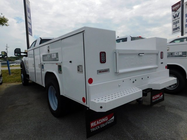 2019 F-450 Regular Cab DRW 4x4, Reading SL Service Body #278316 - photo 5